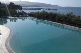 spiaggia piscina